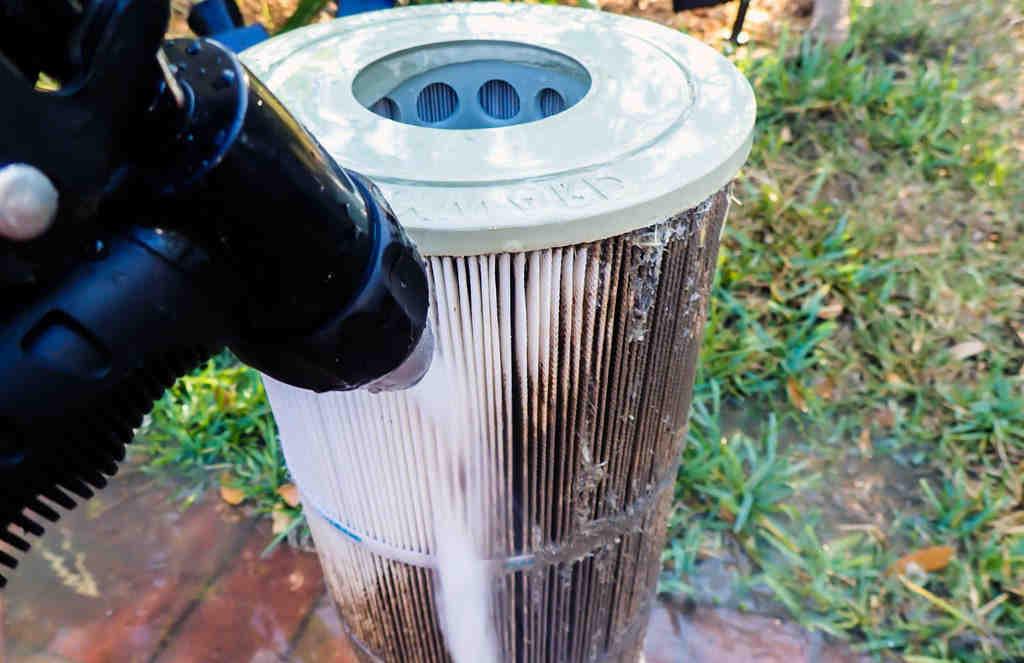 Comment nettoyer filtre à cartouche ?